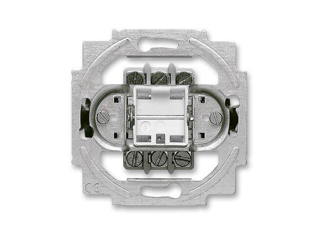 T- strojček spinača 16A/400V 1011-0-0816CZ