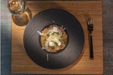 Špaldové rizoto s hubami a pošírovaným vajíčkom