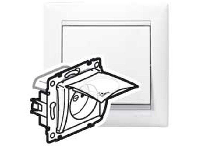 Valena- zásuvka 1 biela  774221 IP44